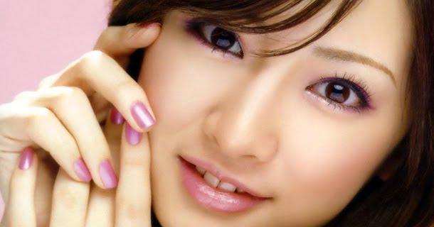 10 Tips Agar Memiliki Wajah yang Cantik