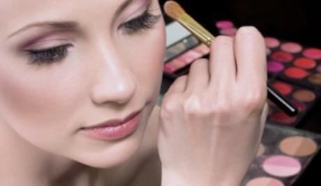 Cantik Natural Dengan Makeup